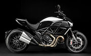 Ducati-Diavel-Carbon-White