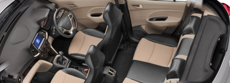 SANTRO_Hatchback_Interior